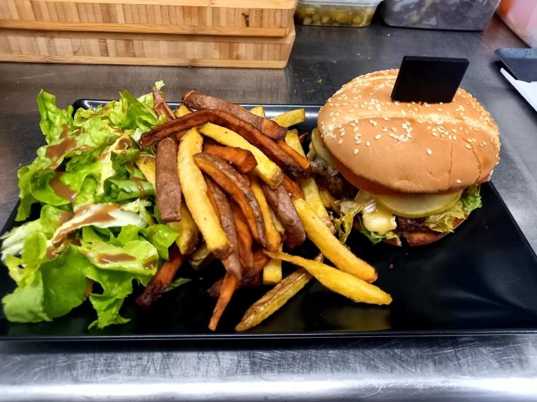 Burger maison Auberge Gilloise